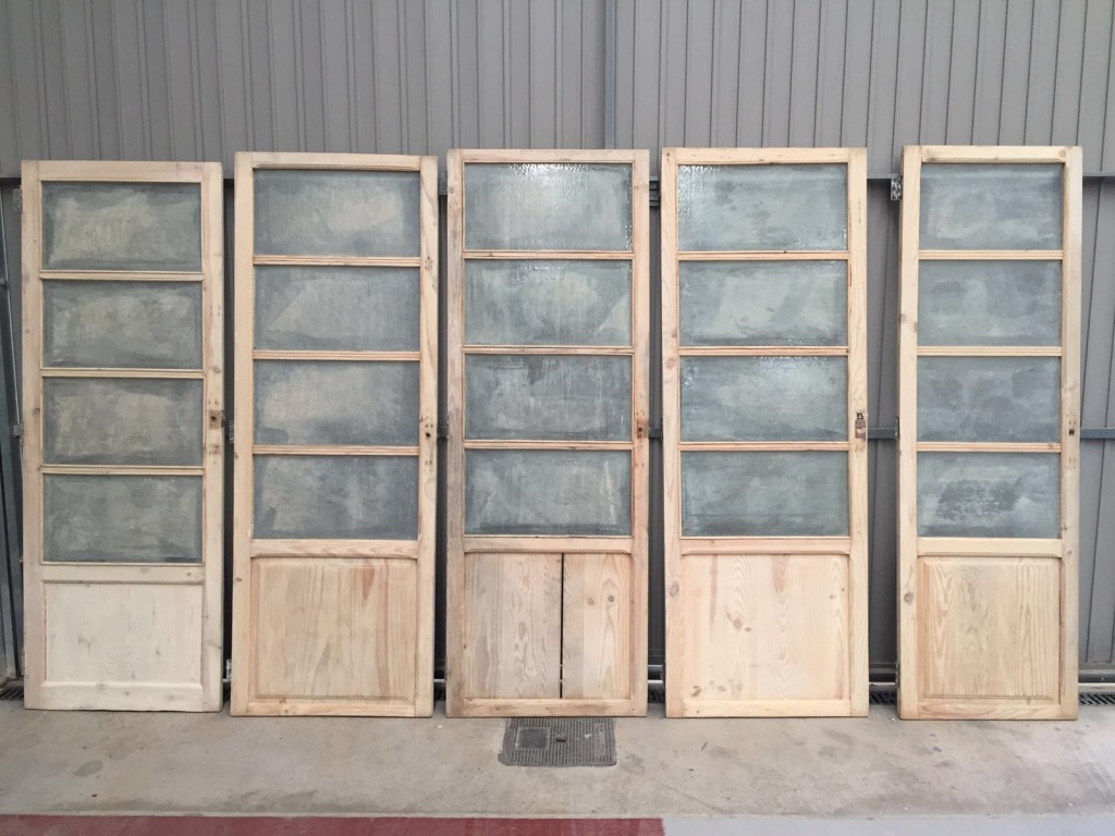 restaurar puertas de madera decapados valencia